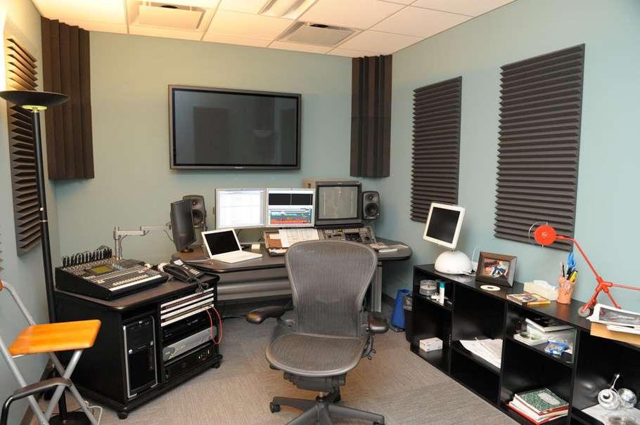 Ласкаво просимо в студію «Blue Sky»!